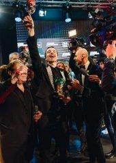Diodato vincitore del Festival di Sanremo 2020 con «Fai Rumore  -  veste  Dolce&Gabbana   Moët & Chandon serata Finale 70° Festival di Sanremo