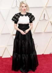 Lucy Boynton  wore Chanel at the 92nd Academy Awards in Los Angeles (photo by (Kevin Mazur)