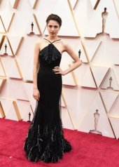 Margaret Qually wore Chanel at the 92nd Academy Awards in Los Angeles