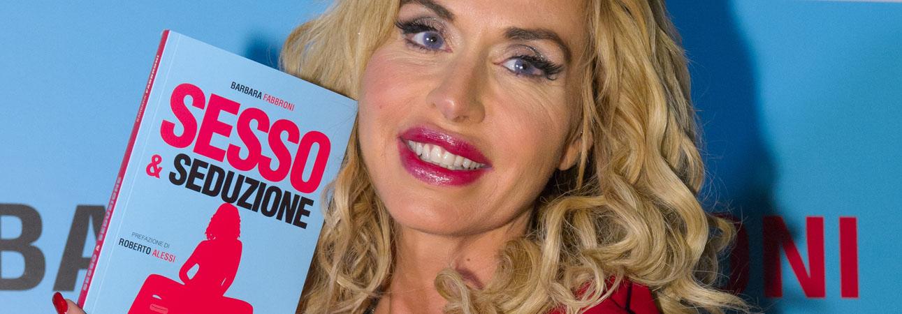 Valeria Marini alla presentazione di Sesso e Seduzione di Barbara Fabbroni