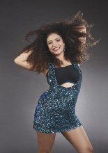 Paola Rivolta  interpreta Beyonce . Calendario Beautiful Curvy