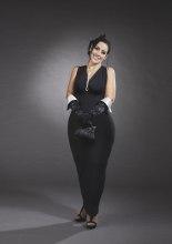 Valeria Mallardi interpreta Audrey Hepburn  . Calendario Beautiful Curvy