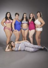 les girls per Anita Moda . Calendario Beautiful Curvy