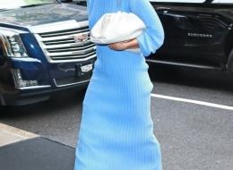 Rosie Huntington-Whiteley carrying the Bottega Veneta Pouch