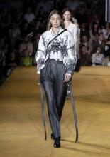 Gigi Hadid . Burberry Spring Summer 2020 Collection