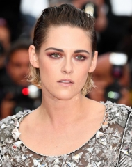 Kristen Stewart wore Cannes Film Festival 2018 . ph by Pascal Le Segretain