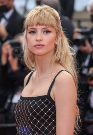 Angele wore Chanel  at 74° Cannes International Film festival - photo by Mike Marsland