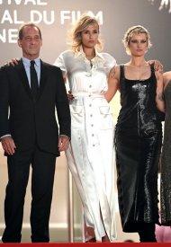 Julia Ducournau, wore Chanel  at 74° Cannes International Film festival - photo by Stephane Cardinale - Corbis