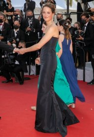 Vicky Kriepswore Chanel  at 74° Cannes International Film festival - photo by Marc Piasecki