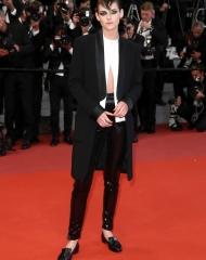 Kristen Stewart wore Chanel at the Premiere ph by John Phillips