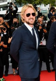 Owen Wilson  wore Ray-Ban Aviator at 74° Cannes International Film festival  - photo by  Alfonso Catalano