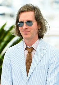 Wes Anderson  wore Ray-Ban Aviator at 74° Cannes International Film festival