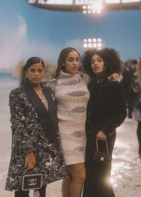 IBEYI with Jorja Smith Chanel Spring Summer 2019 Ready to Wear Collection (© 2018 CHANEL - LEGAL STATEMENT)