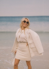 Pamela Anderson Chanel Spring Summer 2019 Ready to Wear Collection (© 2018 CHANEL - LEGAL STATEMENT)