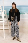 Clara Luciani Chanel Spring Summer 2019 Ready to Wear Collection (© 2018 CHANEL - LEGAL STATEMENT)