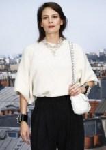 Igone De Jongh . Chanel : Photocall - Paris Fashion Week - Womenswear Spring Summer 2020