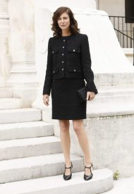 Anna Mouglalis wore Chanel at Chanel Haute Couture Fall Winter 2021/22