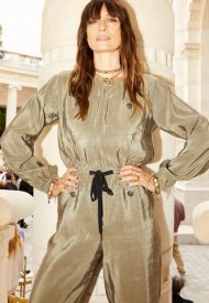 Caroline de Maigret wore Chanel at Chanel Haute Couture Fall Winter 2021/22 - photo by Justine Paquette