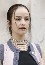 Ela Minus wore Chanel at Chanel Haute Couture Fall Winter 2021/22 - photo by Julien Hékimian