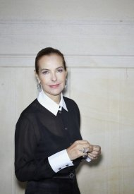 Carole Bouquet wore Chanel at Chanel Haute Couture Fall Winter 2021/22 - photo by Benoit Peverell