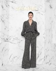 Liu Wen 刘雯 Wearing Chanel of Cruise 2017-18 show in Chengdu