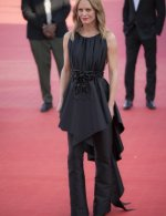Vanessa Paradis wore Chanel at Closing ceremony 46th Deauville American film festival
