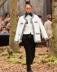 Chanel Fall Winter 2018 women's collection