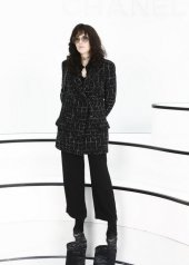 Isabelle Adjani special guests at Chanel Fashion Show FW2021 . photo © by Julien Hekimian
