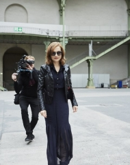 Isabelle Huppert Special guests Spring-Summer 2018 Chanel Haute Couture Collection