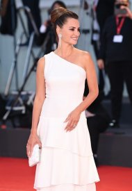 """Penelope Cruz wore Chanel at the """"Competencia Oficial"""" Première during the 78th Venice International Film Festival  . photo by Daniele Venturelli"""