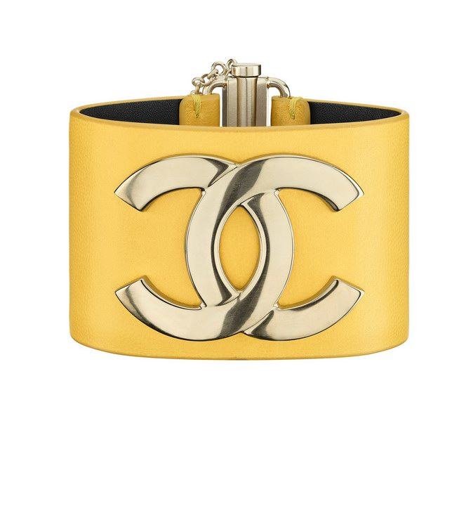 35 - Chanel Cruise Paris collection Golden metal and yellow leather cuff