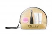122 - Beauty case trasparente con un kit di bellezza personalizzato con prodotti Foreo Luna e Foreo Issa
