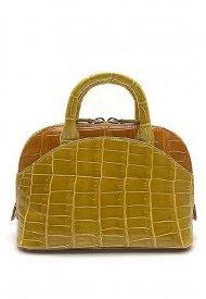 Giòsa Milano launches Twiggy, the mini bag with 60s naunces