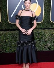 Caitriona Balfe - Golden Globes - photo by Venturelli