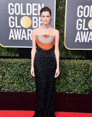 Allison Williams in Armani Privé . photo . Golden Globes .(Phto by George Pimentel)