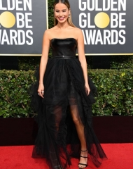 Jamie Chung in Ermanno Scervino . Golden Globes