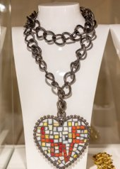 Sharra Pagano . Cuore Mosaico, 1983 . Collana / necklace