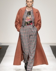Laura Biagiotti Fall Winter 2018/19 collection