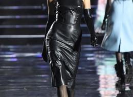 Irina Shayk in Ermanno Scervino at the LuisaViaRoma fashion show (photo  Estrop)