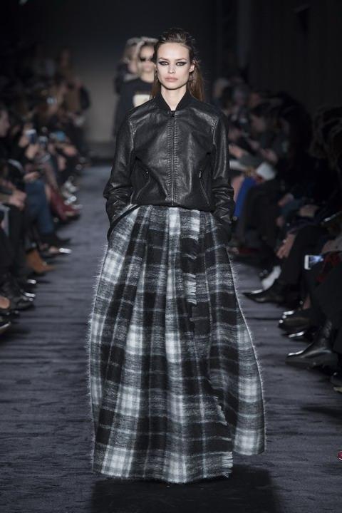 Max Mara Fall Winter 2018/19  women's collection