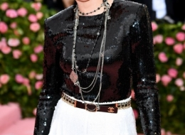 Kristen Stewart wore Chanel at Met Gala  (photo  by Dimitrios Kambouris)