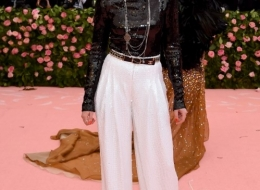 Kristen Stewart wore Chanel at Met Gala  (photo  by Jamie McCarthy)
