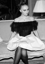 Lily-Rose Depp Kristen Stewart Chanel Metiers D'Art 2019-2020