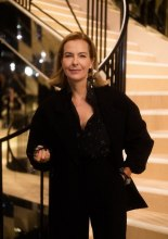 Carole Bouquet Chanel Metiers D'Art 2019-2020