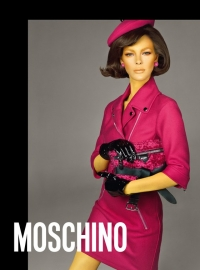 Vittoria Ceretti - Moschino new advertising campaing - Fall Winter 2018/19 collection