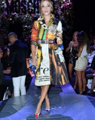 Laura Adriani . Moschino special guests