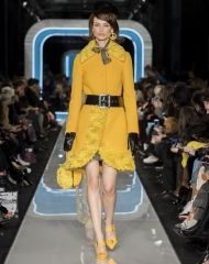 Moschino Fall Winter 2018/19 ; Women's collection