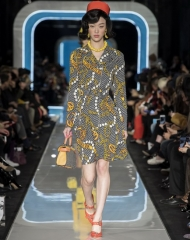 Moschino Fall Winter 2018/19 Women's collection