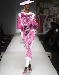 Moschino Spring Summer 2019  women's collection
