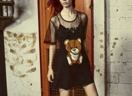 03_moschino-teddy-embroidery-